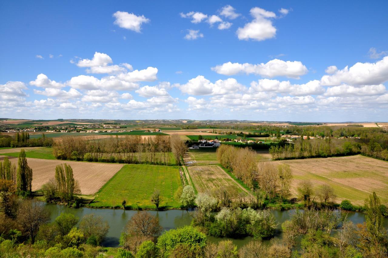 Point de vue aux environs de Vindelle - Charente - Avril 2013
