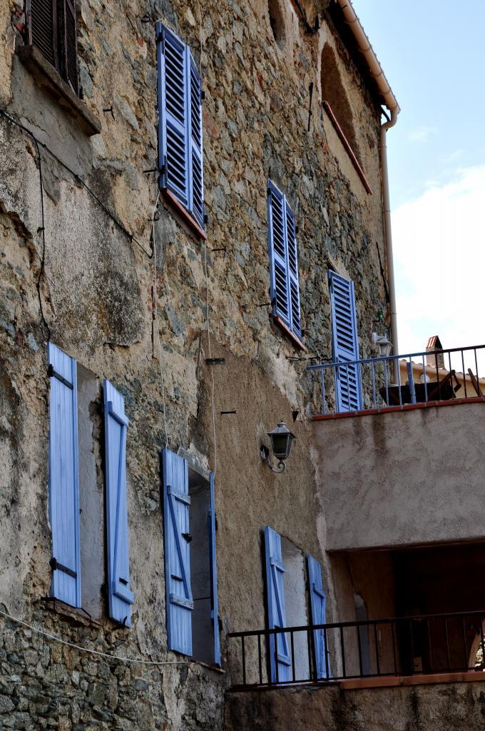 Façade en Haute Corse - Août 2013