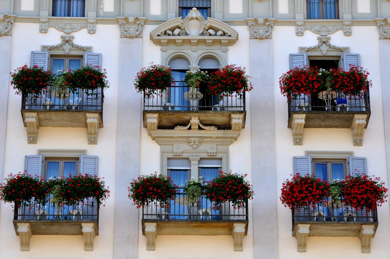Façade d'hôtel à Stresa - Piémont - Italie - Août 2012