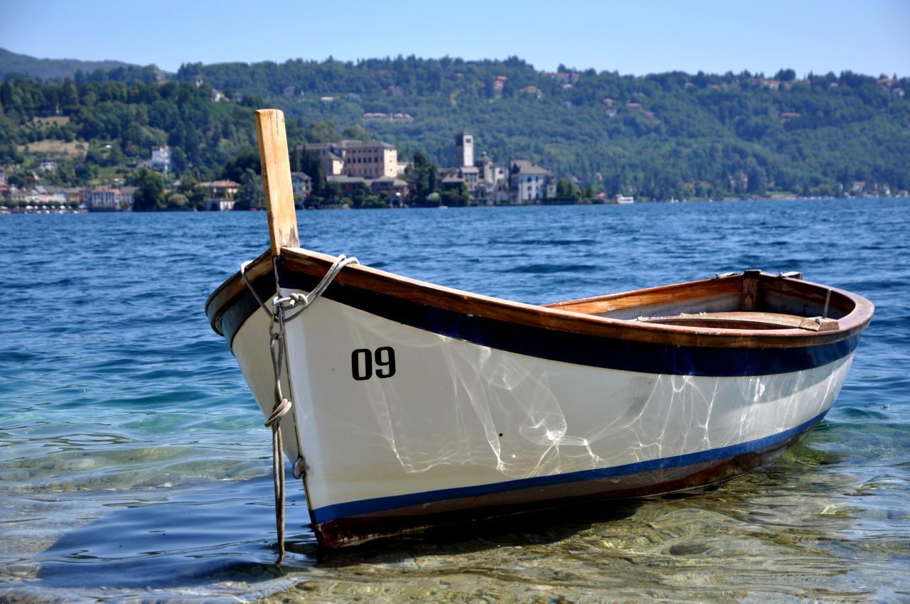 Barque sur le lac d'Orta - Piémont - Italie - Août 2012