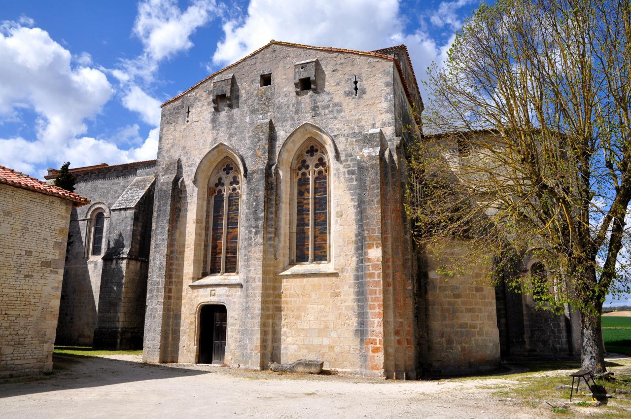 Abbatiale Saint Maur à Marcillac-Lanville - Charente - Avril 2013