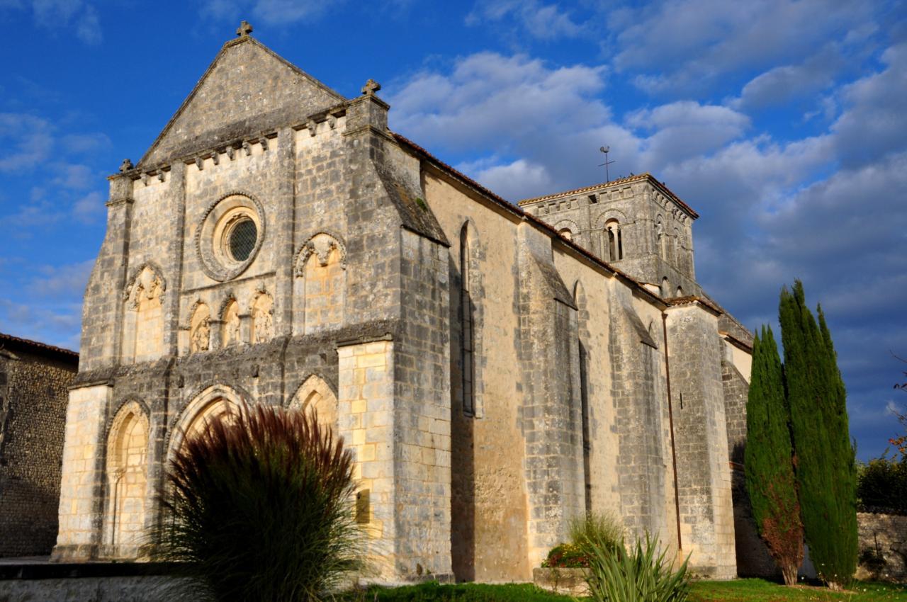 Eglise de Lignières Sonneville - Charente - Octobre 2012