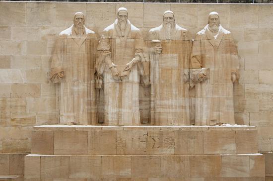 Mur des Réformateurs à genève