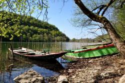 Barques sur le lac du Val - Jura - Avril 2011