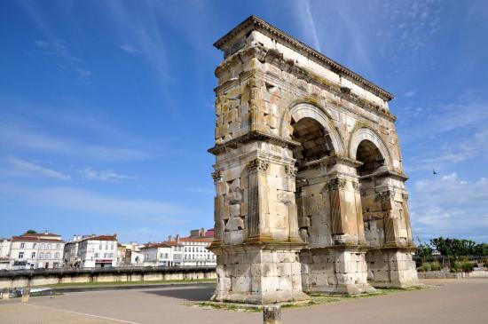 Arc de Germanicus à Saintes - Charente maritime - Mai 2012