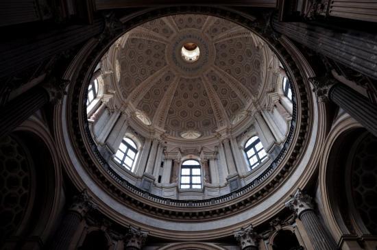 Coupole de la basilique de Superga à Turin - Piémont - Italie - Août 2012