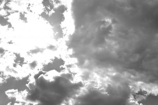 Ciel de traîne à Ornans - Doubs - Mai 2009