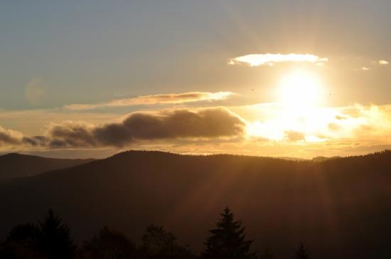 Lever de soleil sur les hauteurs de La Bresse - Vosges - Octobre 2011