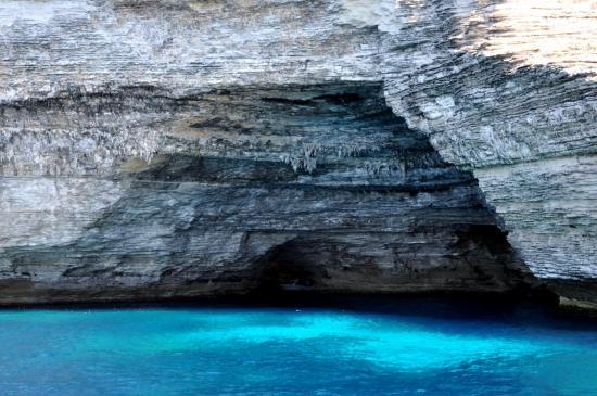Grotte marine au large de Bonifacio - Corse du sud - Août 2013