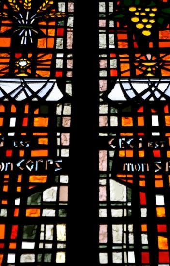 Vitrail dans une église à Niort - Deux-Sèvres - Octobre 2013