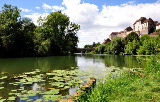 Village de Pesmes - Haute-Saône - Août 2016