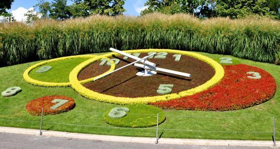 Horloge fleurie à Genève - Suisse - Août 2016