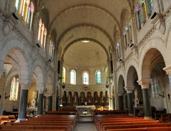 Basilique Sainte-Jeanne-Antide à Sancey - Doubs - Septembre 2017