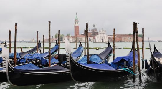 Gondoles à Venise - Vénétie - Avril 2014