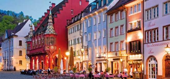 Header freiburg altstadt dpa21384689